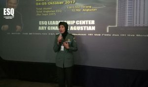 Training Ary Ginanjar Agustian, Akper RS DUstira